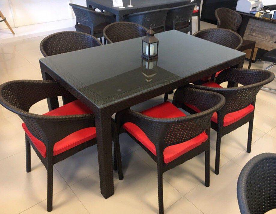 انواع میز صندلی حصیری پلاستیکی